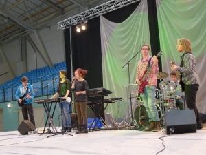 Meatsweat-yhtyekin edusti musiikkilukiota.